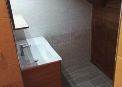 Réalisation d'une salle de bains complète dans les lots plomberie, sanitaire, carrelage, Faïence, électricité, chauffage, plâtrerie à Crouy 02880