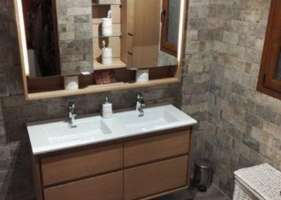 Réalisation d'une salle de bains - Meuble double vasque à Villeneuve saint germain 02200